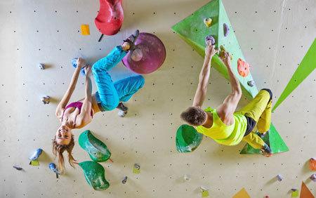 Bouldern in der ÖTK-Kletterhalle