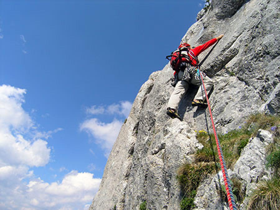 Kletterausrüstung Mehrseillängen : Neue kletterhose für mehrseillängen